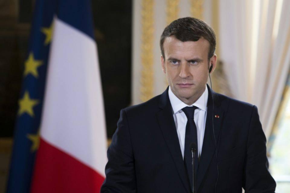Affaire Vincent Lambert: Emmanuel Macron estime qu'il ne lui appartient pas de décider du maintien des soins