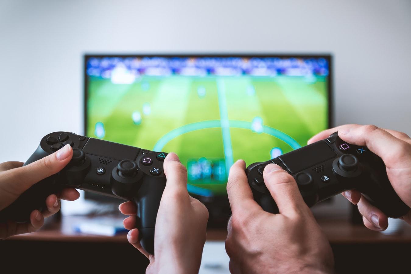 Agressions sexuelles: l'industrie du jeu vidéo témoigne à son tour