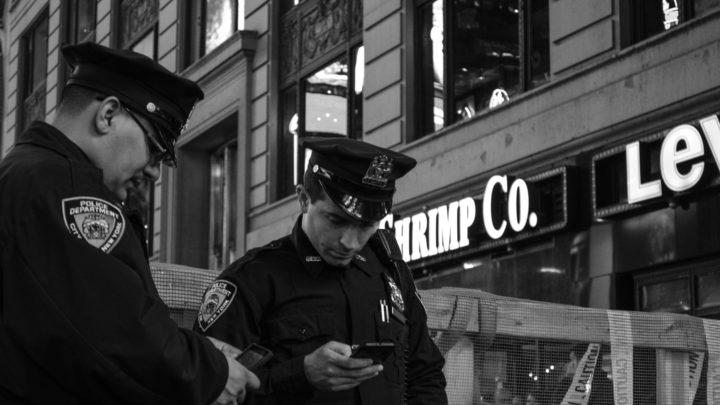 """""""Les algorithmes prédictifs de la police sont racistes"""""""