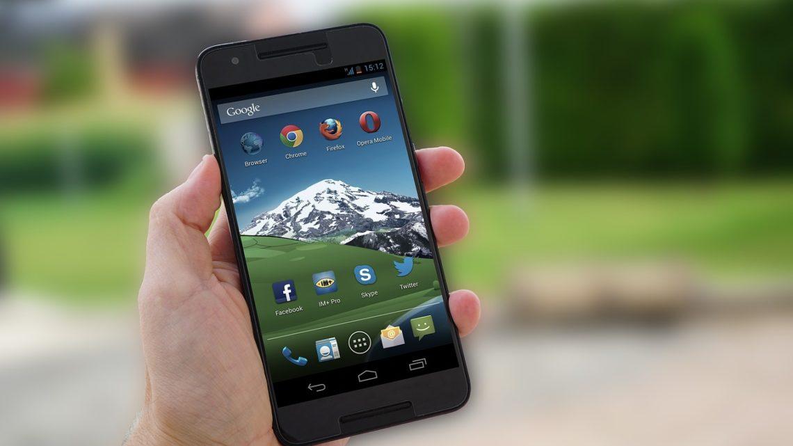Le monde à l'envers : Clean Master, l'application antivirus Android, collecte aussi vos données
