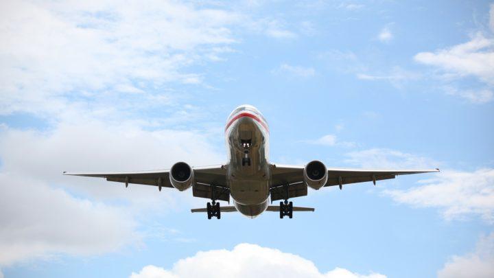 Coronavirus : des compagnies aériennes effectuent des vols fantômes avec des avions totalement vides