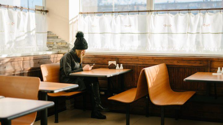 Comment la technologie a radicalement modifié notre rapport à la solitude