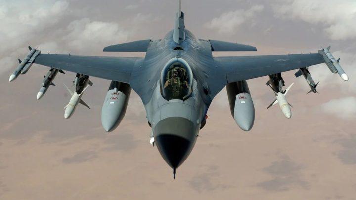 Une IA plus forte qu'un pilote de F16