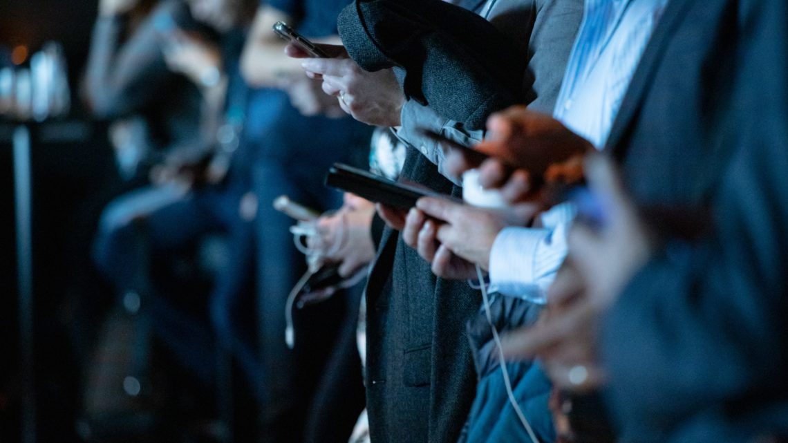 Les réseaux sociaux, une vaste machine utilisée pour modifier notre comportement