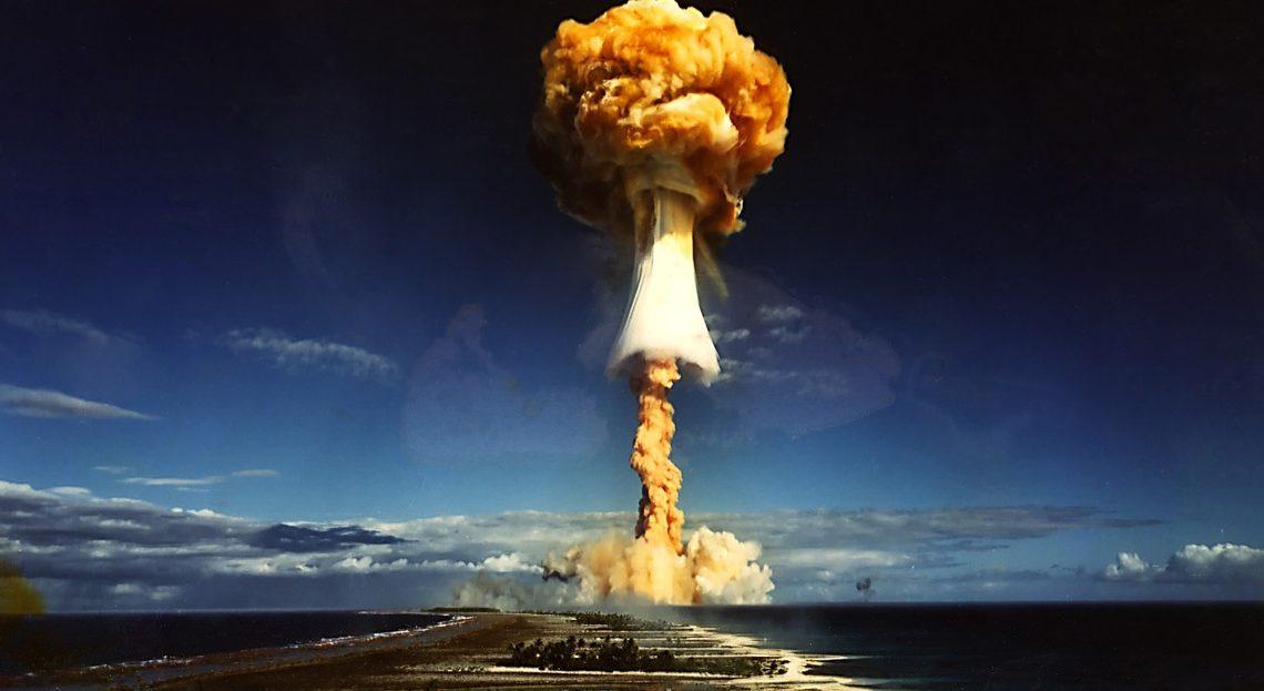 Un test nucléaire américain de 1946 colorisé par une IA