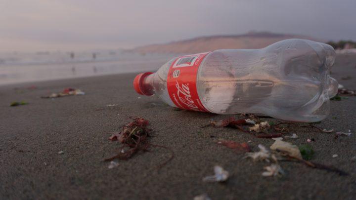 Coca-Cola, à nouveau premier grand pollueur plastique mondial