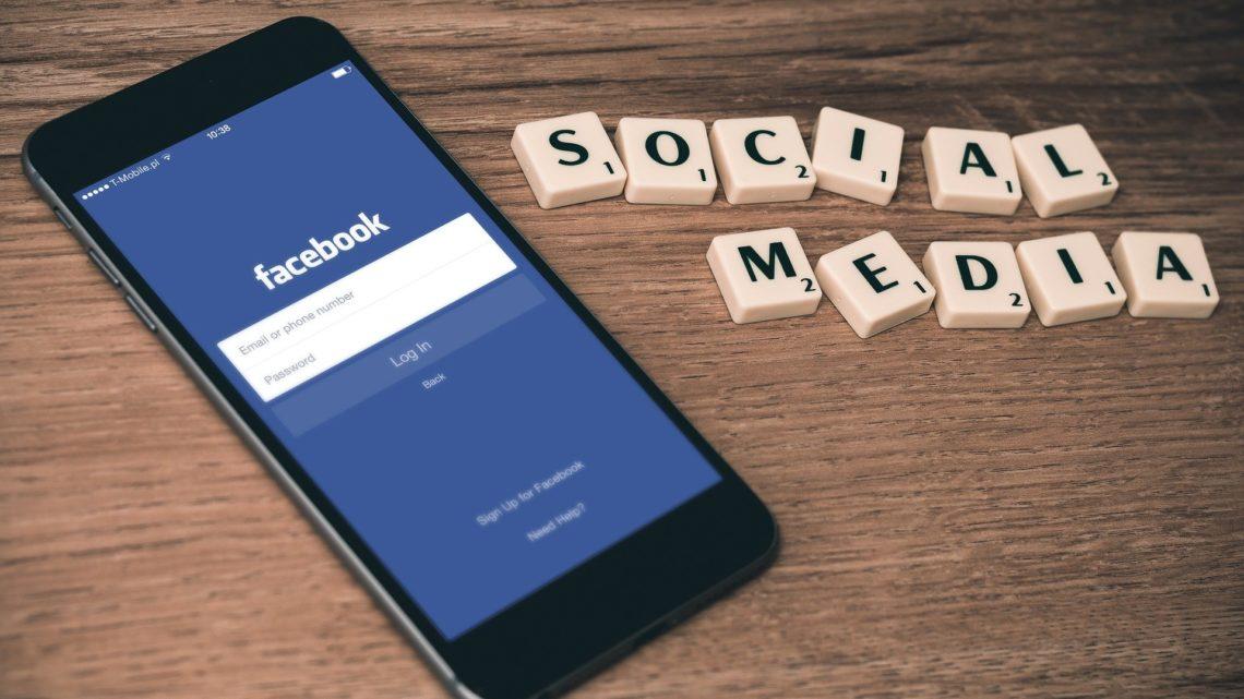 Facebook, ce réseau social prospère et détesté si difficile à quitter